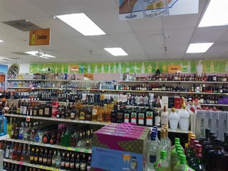 Great Family Liquor Store For Sale On A Busy Road Hernando County Florida Usa