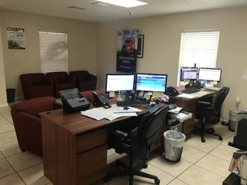 Truck Carrier B2b Service Company And Insurance Agency For Sale In Tampa Florida Only $150,000