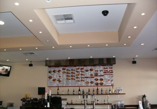 Hot Location! Beautiful Restaurant Wpatio And Beer & Wine